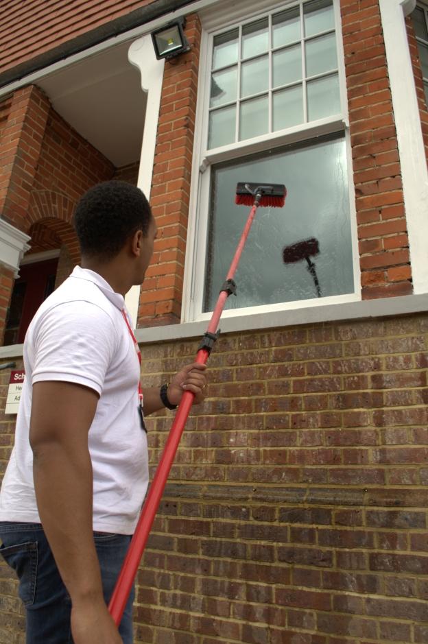 window cleaner ascot